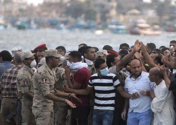El balance del naufragio en Egipto aumenta a más de 200 muertos