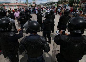 Los mexicanos gastan más en seguridad y confían menos en las autoridades