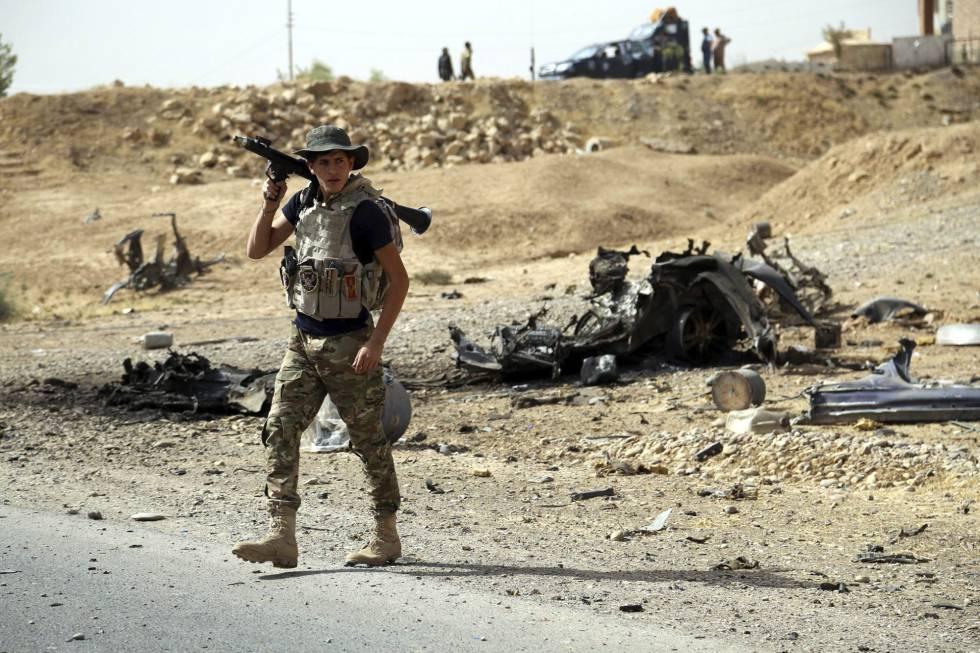 Un soldado iraquí en en la ciudad liberada de Shirqat, Irak