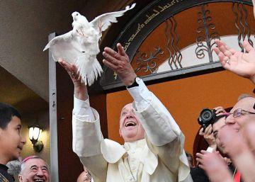 El papa Francisco anuncia que tampoco viajará a Argentina en 2017