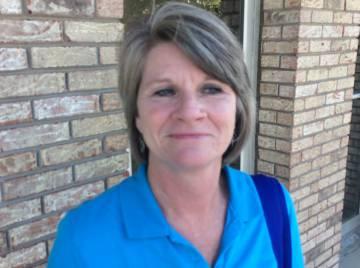 Linda Litman, administrativa en el juzgado