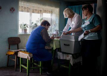 La baja participación en el referéndum debilita el desafío xenófobo de Orbán