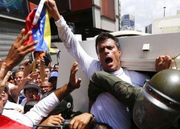 Venezuela anuncia que Leopoldo López será acusado de 43 homicidios