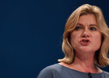Reino Unido renuncia a obligar a sus empresas a hacer listas de extranjeros