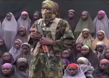 Boko Haram libera a 21 niñas de Chibok tras negociar con el Gobierno