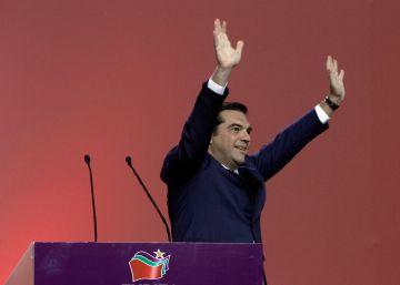 Tsipras arrasa en el segundo congreso de Syriza con el 92,39% del apoyo de la formación