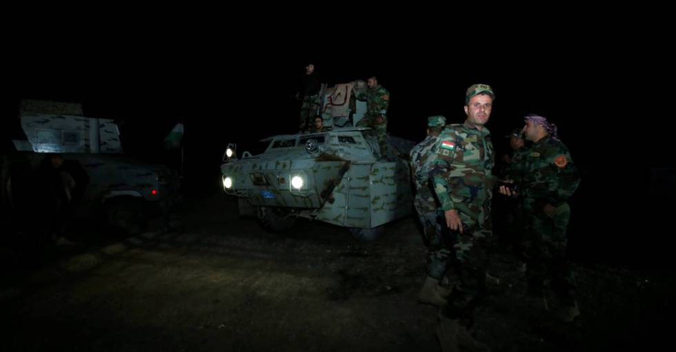 Fuerzas de los 'peshmerga' preparan el asalto.