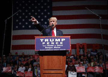 Trump, con los sondeos en contra, agita el bulo del fraude electoral