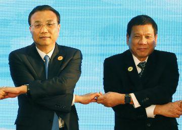 Duterte busca consumar el acercamiento de Filipinas a China