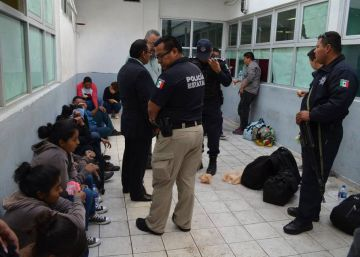 Un informe revela hacinamiento en los centros migratorios de México