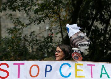 Bruselas busca superar el recelo ante el libre comercio con garantías frente a los abusos