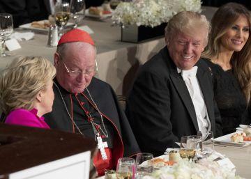 Trump y Clinton convierten una gala benéfica en el debate presidencial más ácido