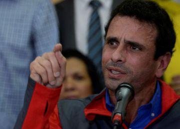"""Capriles denuncia un """"golpe de Estado"""" en Venezuela"""