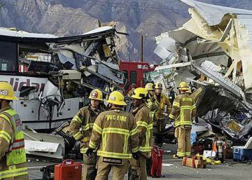 Al menos 13 muertos en un choque entre un camión y un autobús en California