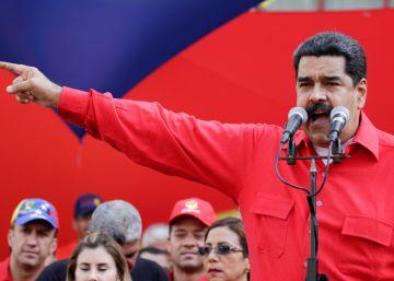 Maduro regresa a Venezuela mientras el parlamento le abre juicio político