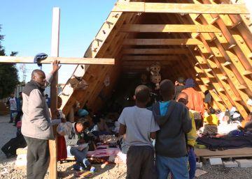 Migrantes haitianos en un albergue de Tijuana