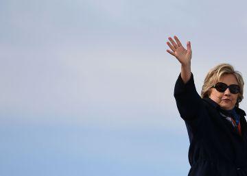 El FBI da alas a Trump ante Hillary Clinton con el caso de los 'emails'