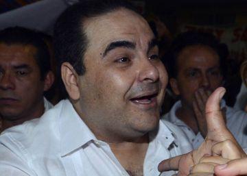 El expresidente salvadoreño Saca, acusado de malversar 246 millones de dólares