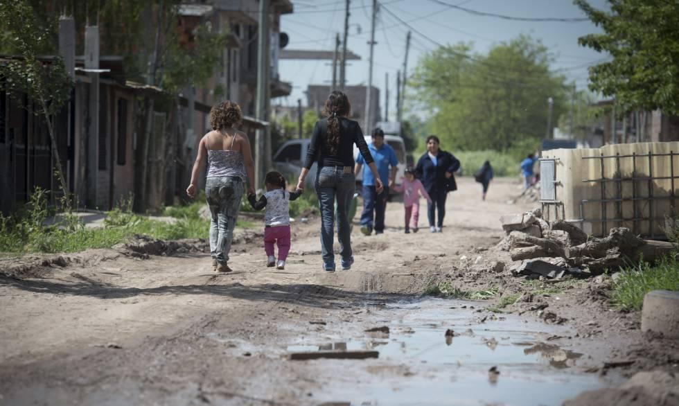 Tres millones de argentinos viven en villas miseria for Villas en argentina