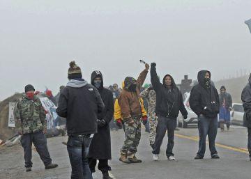 Indígenas latinoamericanos se solidarizan con la protesta sioux contra un oleoducto en Estados Unidos
