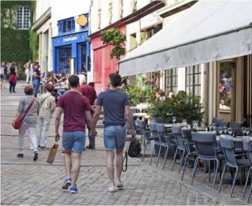 Imagen del folleto del Ayuntamiento de París dedicado a la estrategia para reforzar el turismo en la ciudad.