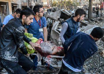 Al menos ocho muertos por un coche bomba en la ciudad kurda de Diyarbakir