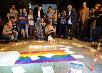 Marruecos libera a las dos jóvenes encarceladas por besarse