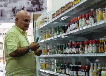 Una cara cesta de la compra para los venezolanos