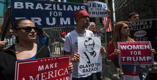 Un grupo de brasileños se manifiesta a favor de Trump en Sao Paulo, a finales de octubre.