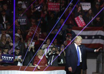 """Trump lanza su alegato final para expulsar a """"la clase política corrupta"""""""