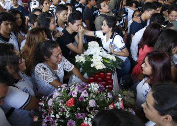 Cuatro estudiantes degollados por una riña de tráfico en México