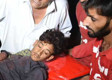 Al menos 52 muertos en un atentado contra un templo en Pakistán
