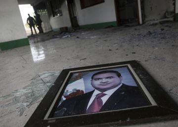 México estrangula económicamente al gobernador fugado Javier Duarte