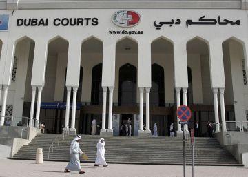 Acusada de relaciones ilícitas tras denunciar una violación en Dubái