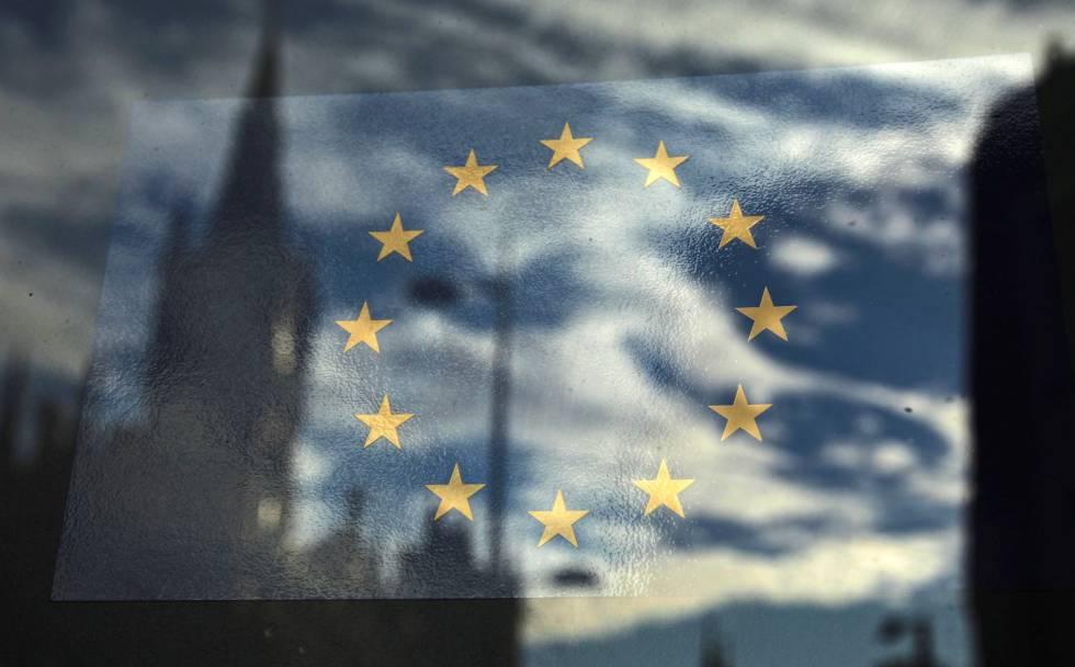 Reflejo de la bandera de la Unión Europea.