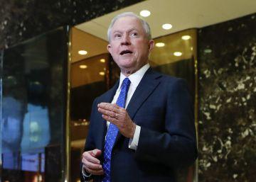 Un duro en inmigración acusado de racista se perfila para fiscal general