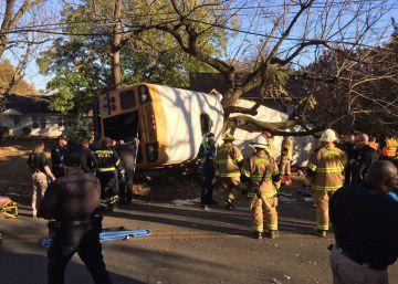 Al menos seis muertos en un accidente de un autobús escolar en Tennessee