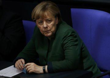 Merkel defiende los valores liberales frente a un EE UU que se cierra