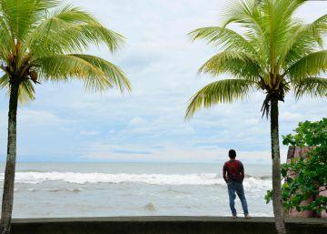 El huracán Otto golpea fuerte la zona norte de Costa Rica
