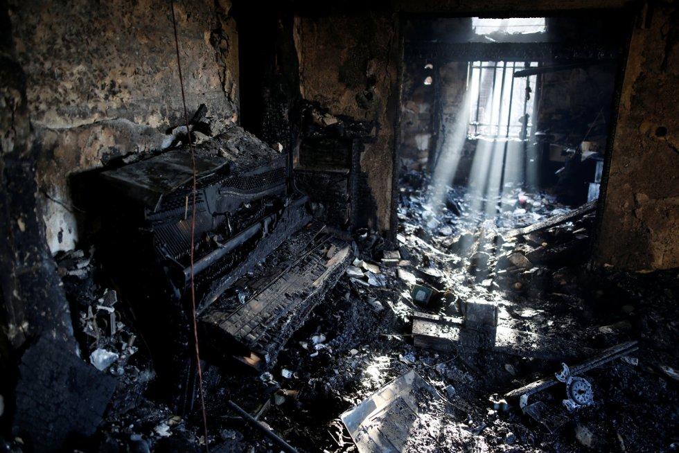 Interior de una vivienda calcinada.