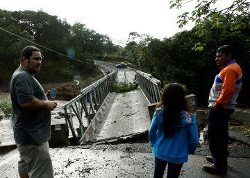 El huracán Otto deja al menos nueve muertos en Costa Rica