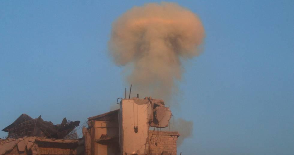 Bombardeo del régimen sirio sobre un barrio rebelde de Alepo.