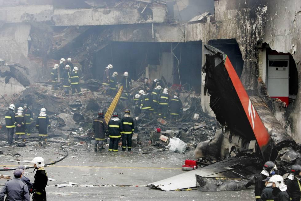 bomber crash related keywords - photo #23