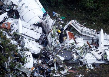 Bolivia prohíbe volar a la aerolínea que fletó el avión del Chapecoense