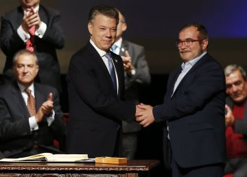 Colombia's Congress approves revised peace deal with FARC