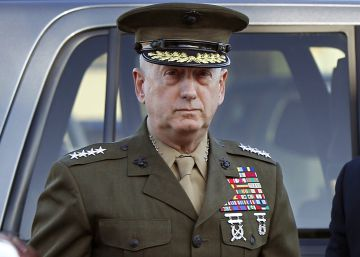 James Mattis, un 'monje guerrero' para un presidente inexperto
