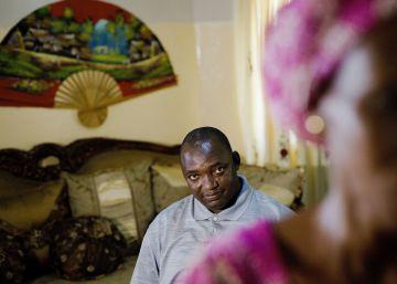 """Adama Barrow: """"Nuestro cambio pacífico puede ser un modelo para África"""""""