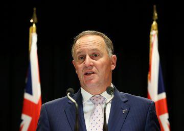 El primer ministro de Nueva Zelanda dimite por su familia