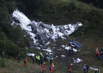 Bolivian aviation official blamed for Colombia crash seeks asylum in Brazil