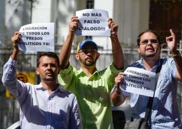 La oposición venezolana no asiste a la reunión con el gobierno